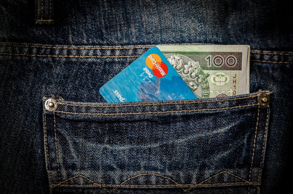 dont forget your mileage plan credit cards when you go on a long term summer vacation