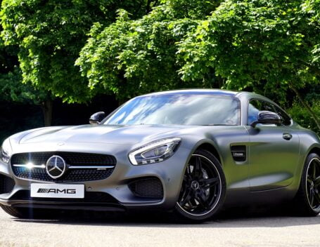 best luxury cars for 2022